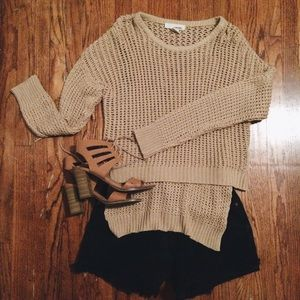 NUDE KNIT SWEATER.