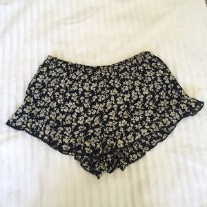 Black and white flowy shorts