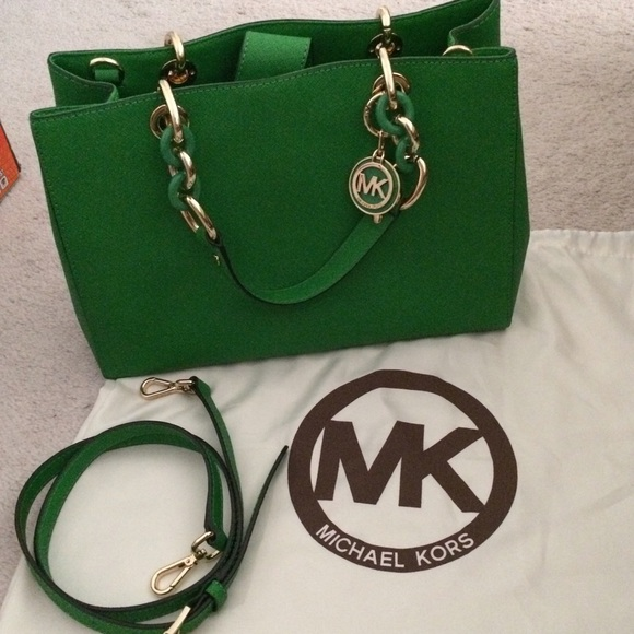 351d5e7991cd michael kors green purse