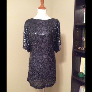 Sparkly navy sequined open-sleeved dress - Size 10