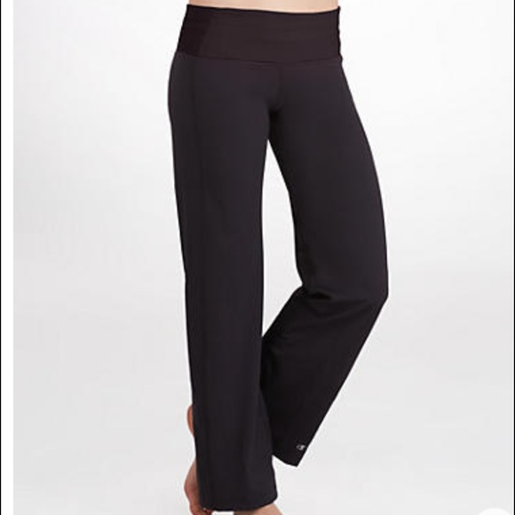 67 Off Champion Pants Champion Yoga Pants From Hanna S