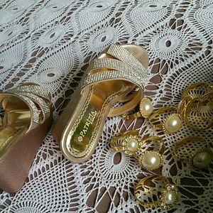 Sparkling sandals