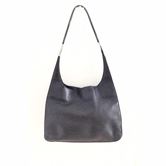 33dd014e853e Gucci Handbags - ❗️SALE!❗️Vintage Gucci Black Leather Shoulder Bag!