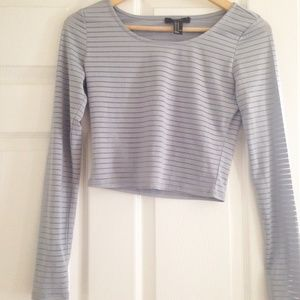 F21 grey striped long sleeve crop top