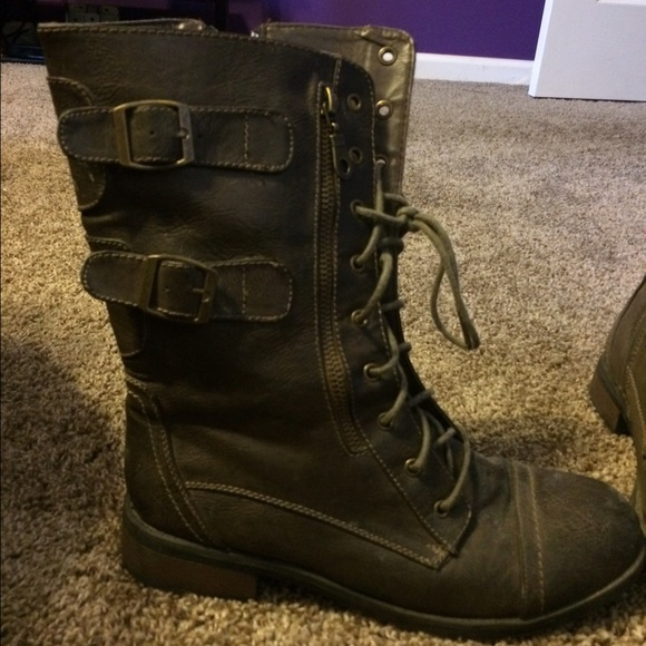 Bamboo - Women&39s Army Green Combat Boots from Hannah&39s closet on