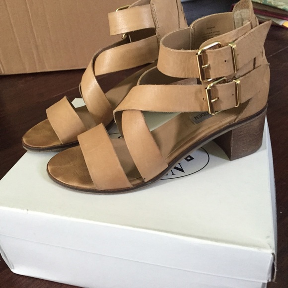 f5050f18e5e Steve Madden Rosana cognac leather sandals
