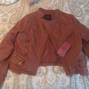 Cropped faux leather cognac jacket