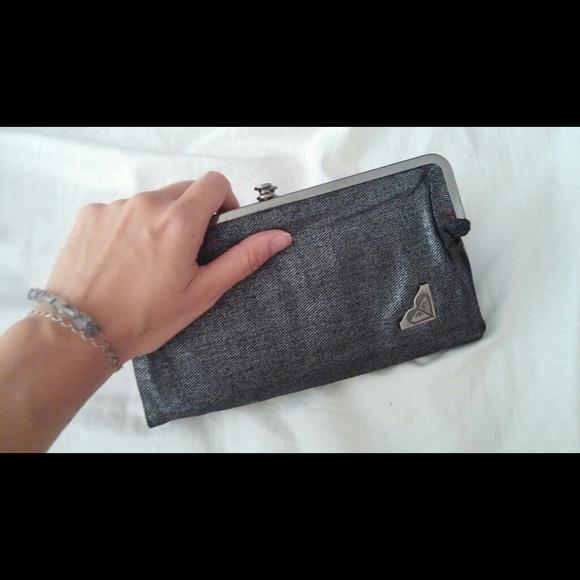 Bags Silver Roxy Roxy Clutch Bags Poshmark Eq4vPxB
