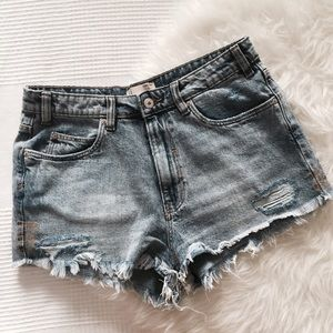 Zara Denim - Zara Denim Cutoff Shorts 💙