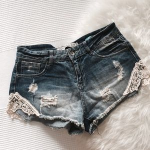 Zara Denim - Zara Denim Shorts With Lace 💗