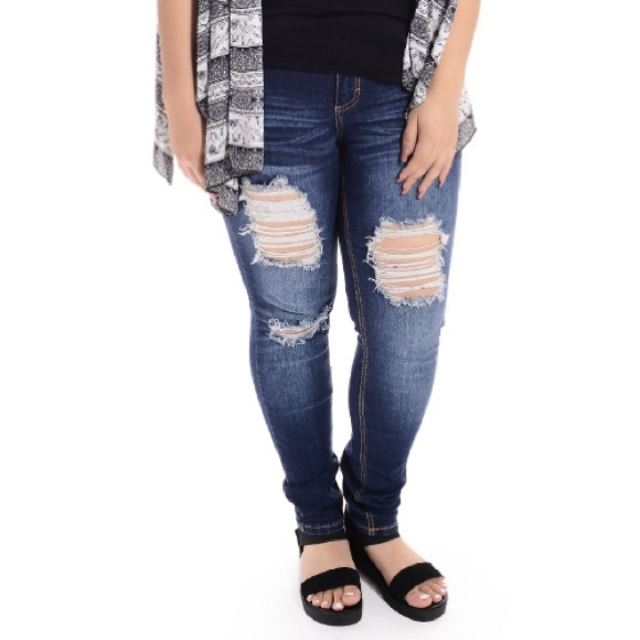 Plus Size Distressed Ripped Jeans 18 20 from Nancy&39s closet on