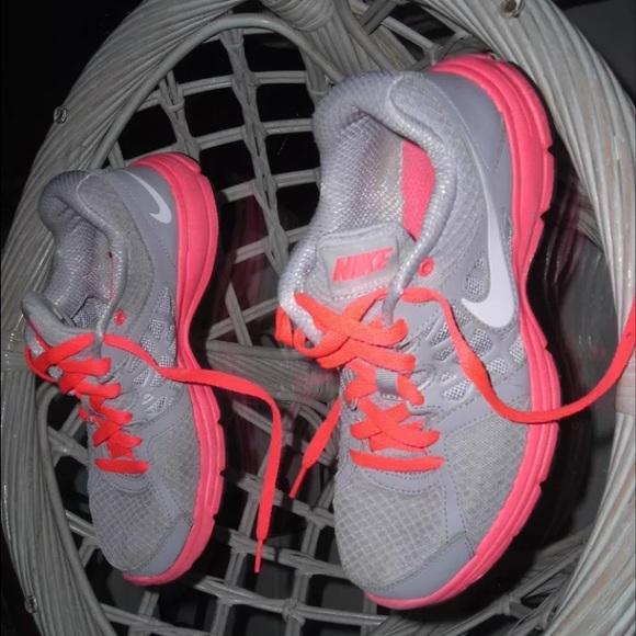 Nike women's air relentless 2 running shoes