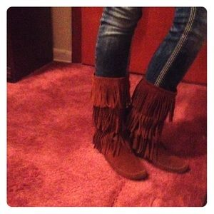 Moccasin Fringed boots
