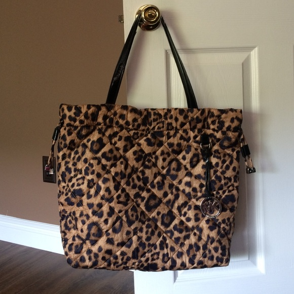 a7651f77590e Authentic Michael Kors Leopard Quilted Tote Bag. M_55d884e84e674825ea012e71