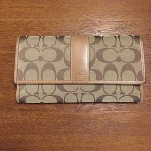 Coach Legacy Signature Checkbook Wallet