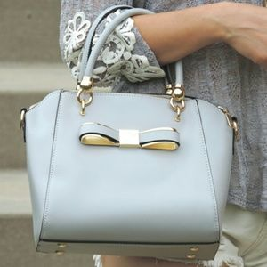 Handbags - Adorable gray bow bag