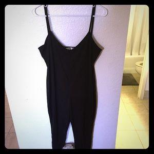 Black spaghetti strap backless slim jumpsuit