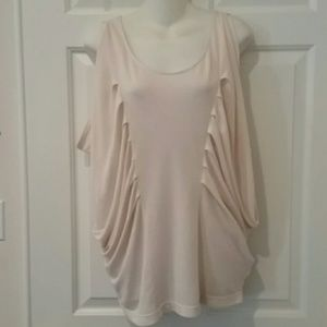 Foreign Exchange Tops - NEW FOREIGN EXCHANGE TOP SIZE M