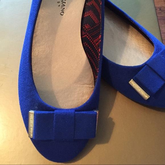 Payless Shoes Blue Diamond