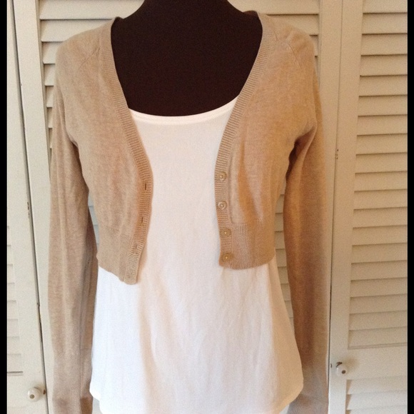 Old Navy - Old Navy cute short tan sweater Top from Sweetabell's ...