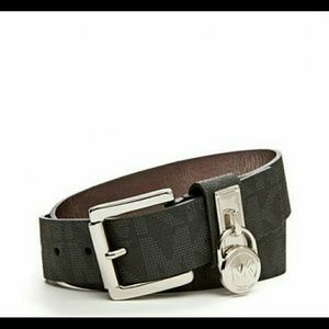 1208ca2e672 32% off Ralph Lauren Handbags - Lauren by Ralph Lauren Dorset Shopper Bag  from Lable s closet on Poshmark