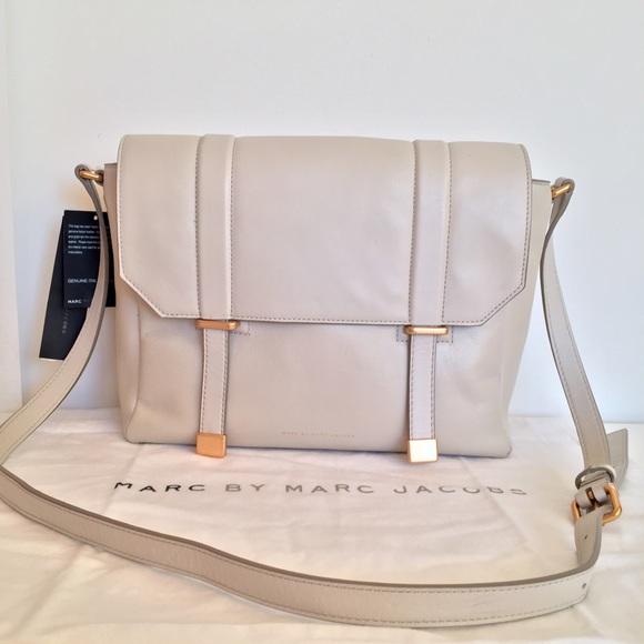 Marc by Marc Jacobs Handbags - MARC JACOBS® messenger bag 'tapioca' cow leather
