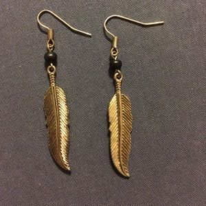 Jewelry - Gold feather charm earrings