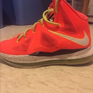 Shoes - Lebron 10