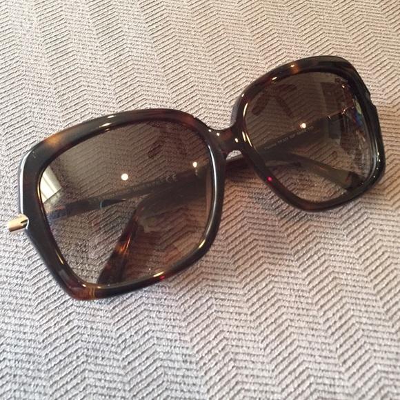 9743cfdcf1af3 Tom Ford Paloma Sunglasses. M 55d9c38f13302a26fc019185