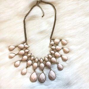 H&M bib necklace NWOT