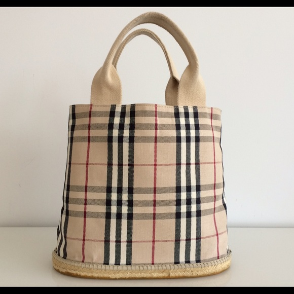 5ee213318cab Burberry Handbags - BURBERRY CLASSIC NOVA CHECK CANVAS BUCKET TOTE BAG