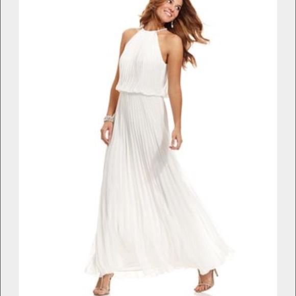 c162c802d42 Xscape White Pleated Maxi Dress With Gold Hardware.  M 55d9ea1251e9ea2183019b8c