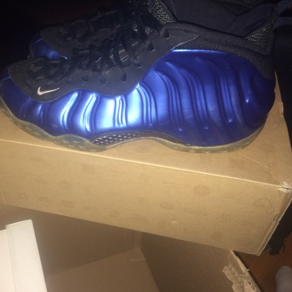 Nike Foamposite Royal Blue size 10.5 Jordan
