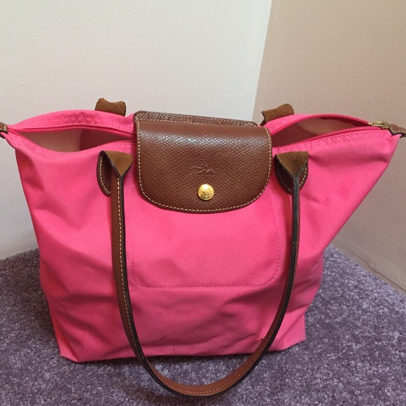 Longchamp Handbags - Longchamp Medium Le Pliage Tote in Malabar Pink 40cc62a7f1