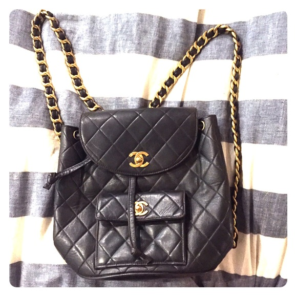 CHANEL Handbags - Vintage Chanel backpack 26ed10f800be