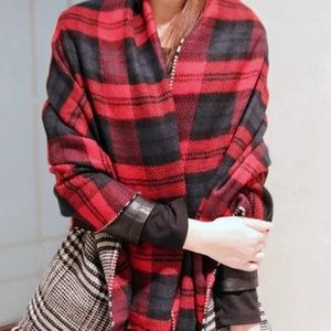 ️NWT Oversized Plaid Blanket Scarf