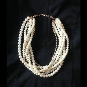 Pearl & rhinestone statement necklace