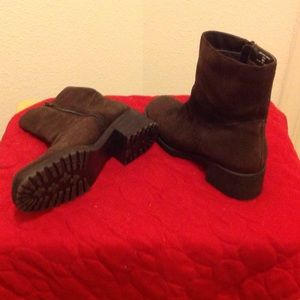Shoes - 🎀Suede brown boots