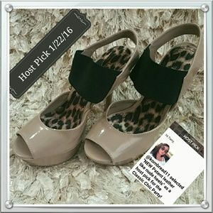 Anne Michelle Shoes - **Host Pick!**NEW Patent leather like nude heels