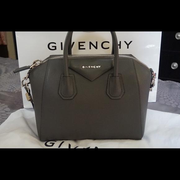 0a30956b33 Givenchy Handbags - GIVENCHY ANTIGONA SMALL