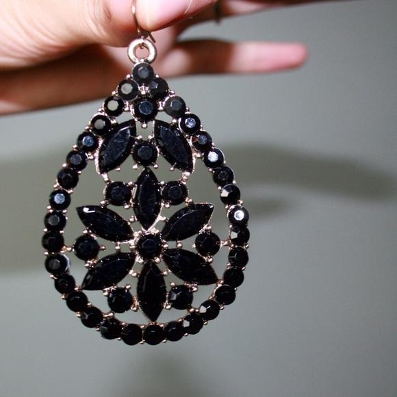 Forever 21 forever 21 black earrings from kalia 39 s closet for Forever 21 jewelry earrings