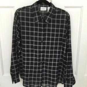 Black and White 😎Window pane golf shirt