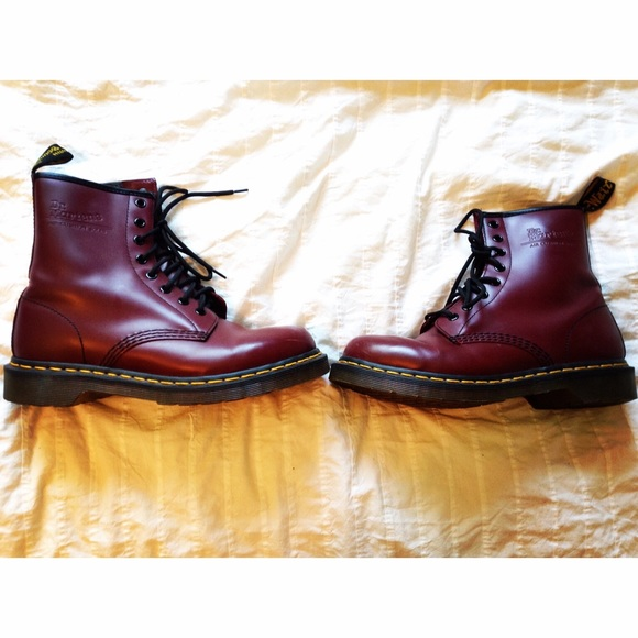 dr martens squeaky soles
