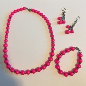 Bright pink handmade jewelry pack