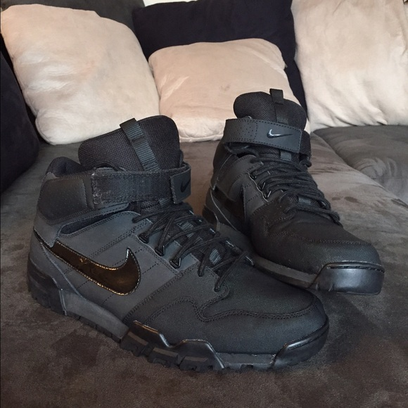 1b23e94ea2a Nike Hi-Top Waterproof Winter Shoes. M 55dbaca7feba1f23bc0241d6