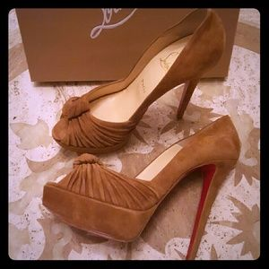 Christian Louboutin Shoes - HP! Christian Louboutin Greissimo Pumps 140 Veau