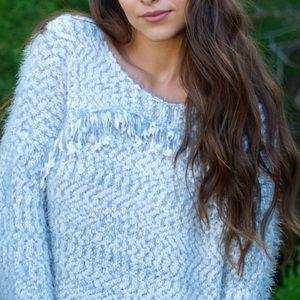 LAST CALL Loose knit sweater