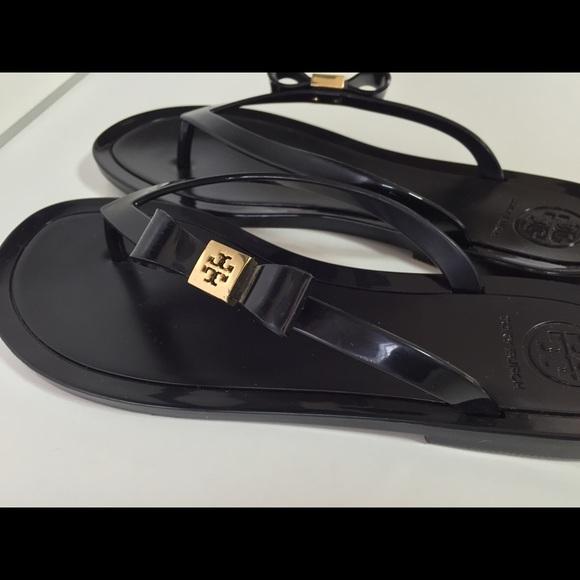 83082afc14ef52 TORY BURCH michaela bow jelly flip flop sandals 6.  M 55dc3320b5643e26380270d9