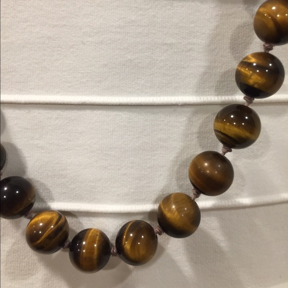 c7fe3008ec4ed Authentic Tigers Eye Bead Necklace - Gold clasp