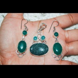 Jasper & Green Onyx Beads pendant & Earrings 2""